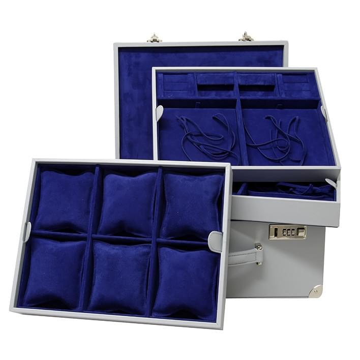 Presentation trays - 16