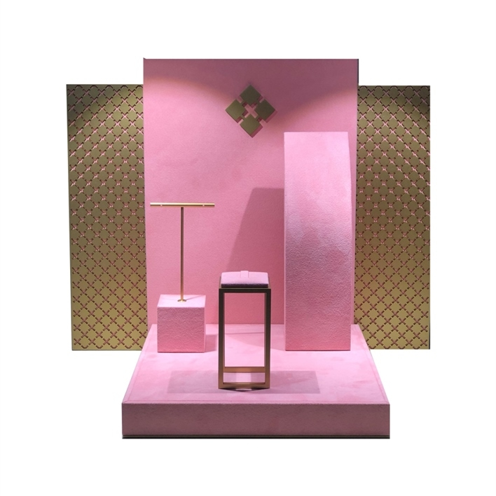 GET INSPIRATION FOR YOUR JEWELLERY DISPLAYS - crieri