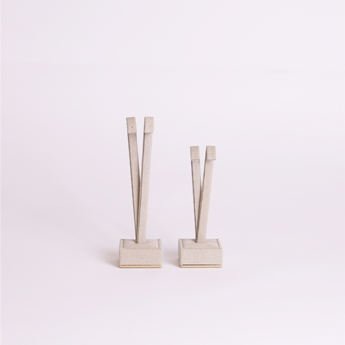 CHOOSE JEWELLERY ITEMS FOR YOUR DISPLAY - cubetto orech front