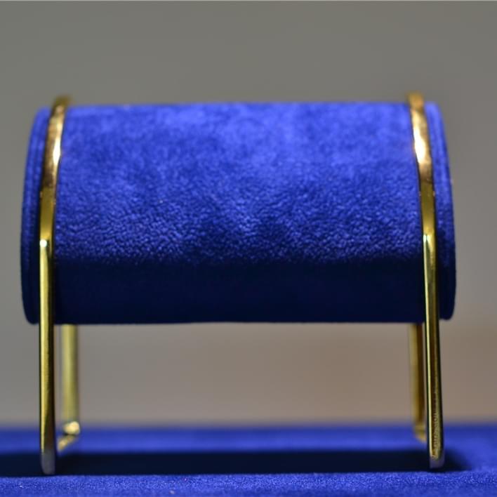 Jewelry display - DSC 0009