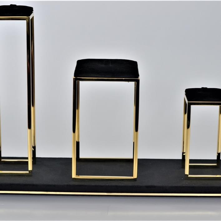 Jewelry display - DSC 0127
