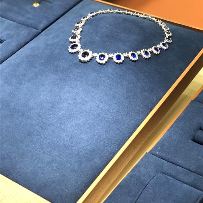 Jewelry display set - IMG 8888
