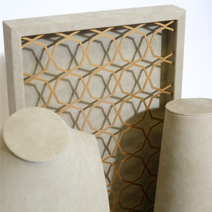GET INSPIRATION FOR YOUR JEWELLERY DISPLAYS -  MGS0021