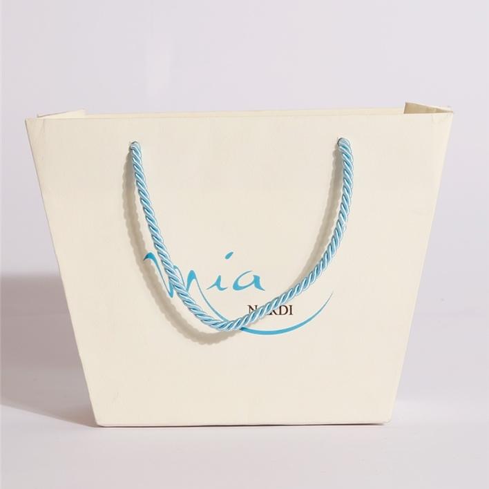 Luxury paper bags -  MGS0056