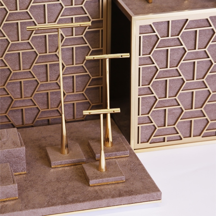 GET INSPIRATION FOR YOUR JEWELLERY DISPLAYS -  MGT0024b