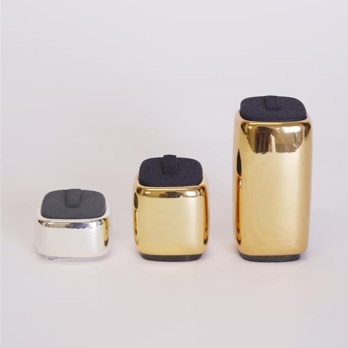 Jewelry display - MOnaco cromati anello