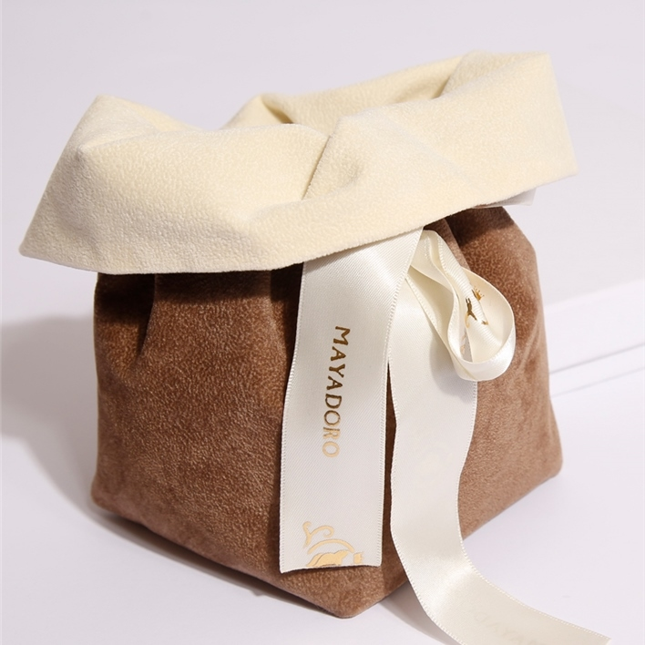 Jewelry pouches - open