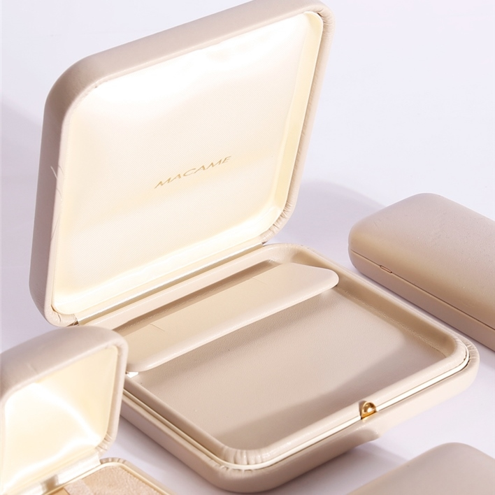Jewelry boxes - pendenti