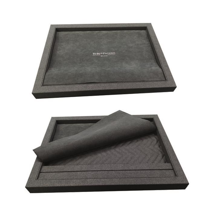 Presentation trays - plateaux